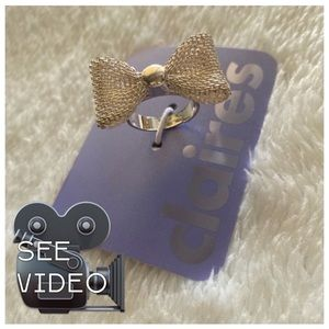 Claire's bow ring